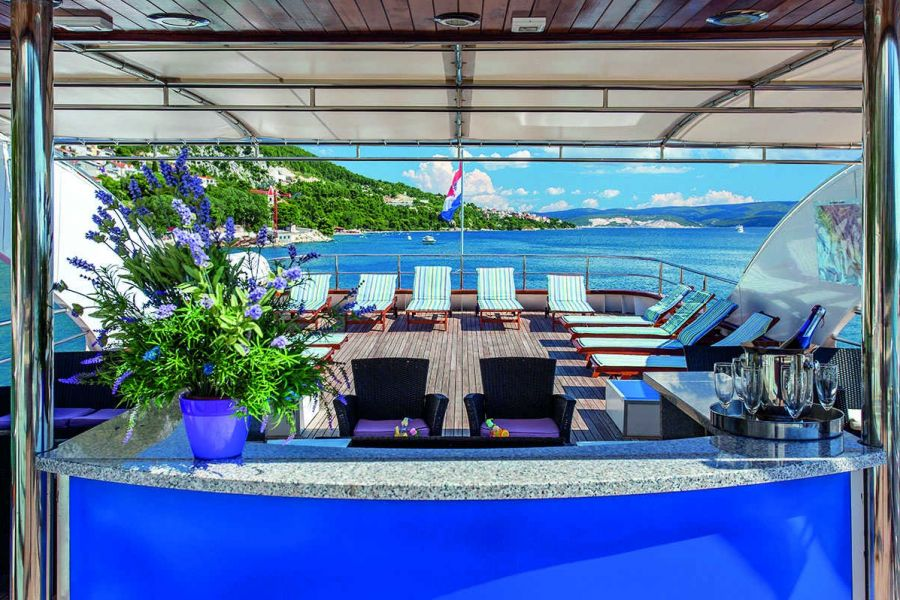 Sonnendeck MS Thurgau Dalmatia © nicko cruises